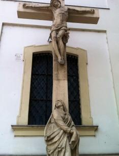 vor der Franziskanerkirche