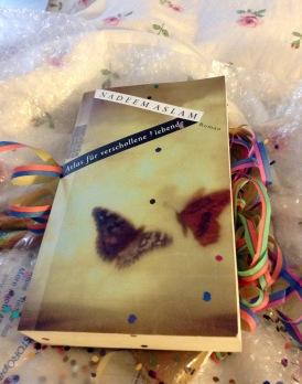oh, ein Buch ... unerwartet schön ... hört sich gut an