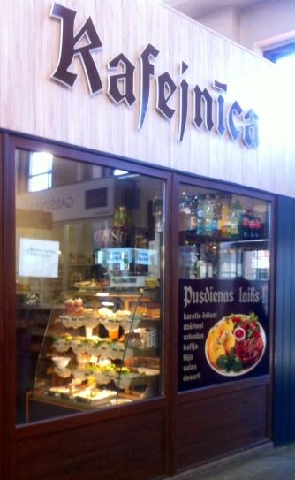 diese kleinen Cafés gibt es überall in Riga
