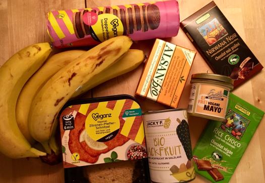 """3. März """"Einkauf bei #veganz"""""""