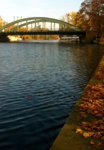 Schlossgarten, Blick zur Schlossbrücke